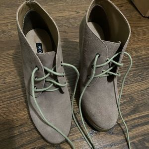 Shoemint Suede Taupe Wedge Lace Up Booties 7.5